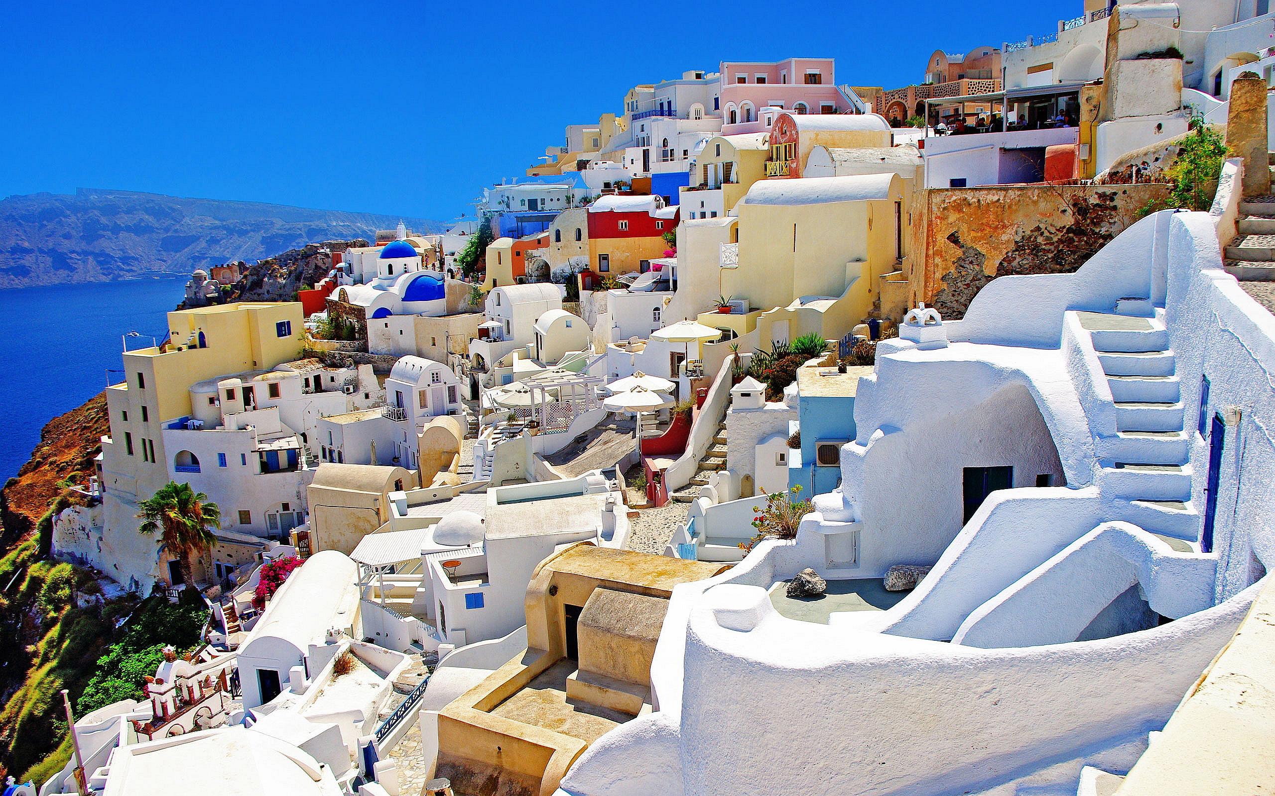 Oia-Santorini-Greece